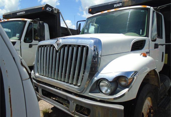 2008 International 7400 dump truck, does not run