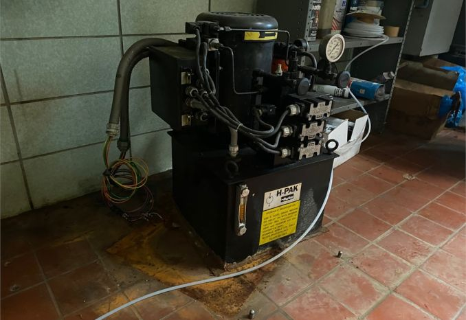 220 volt electric hydraulic pump