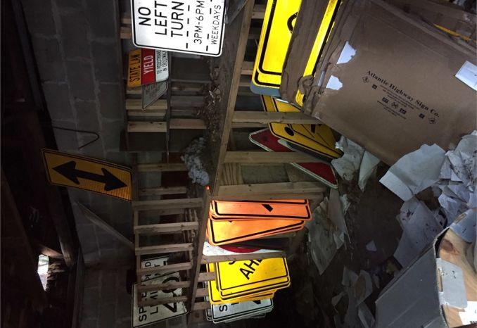 Miscellaneous street signs