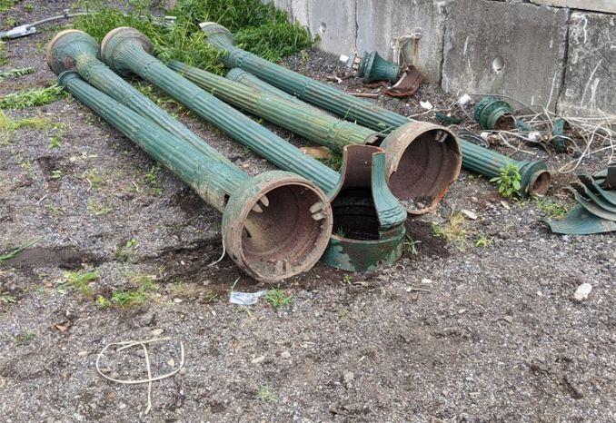 broken poles