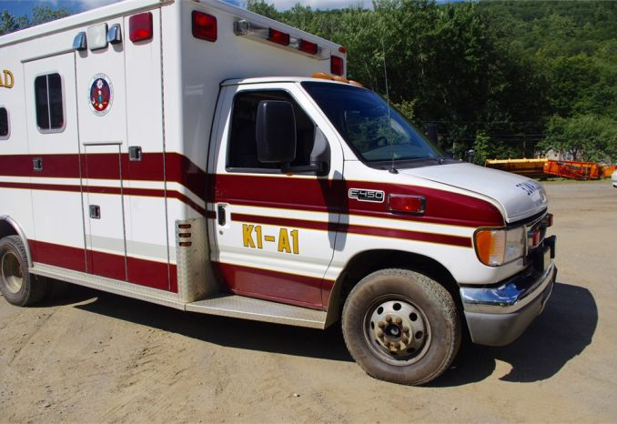 2000 Ford E-456 Ambulance