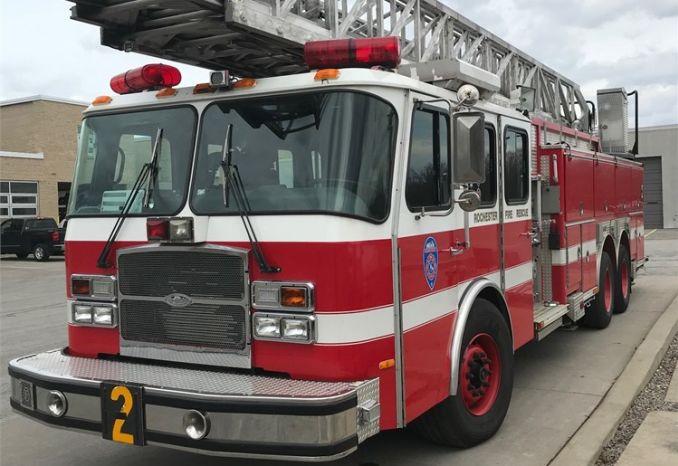 2003 110'Aerial Ladder Truck