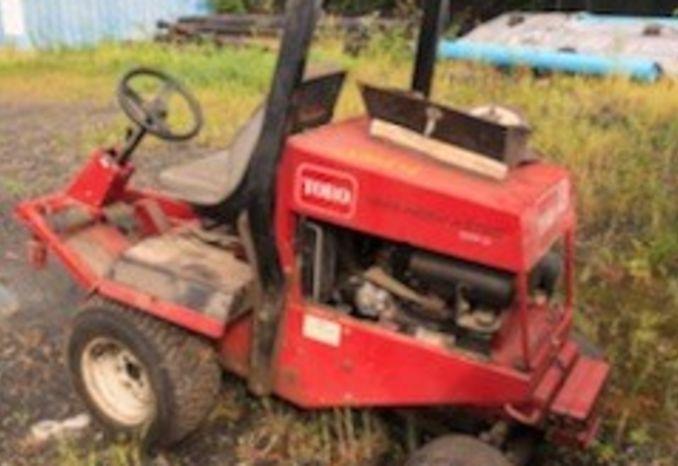2005 Toro 328D Lawn Mower