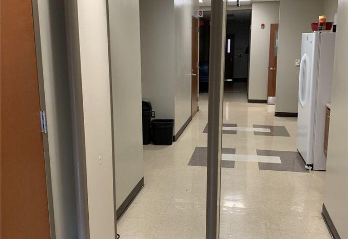 Garrett MT 5500 walk through metal detector