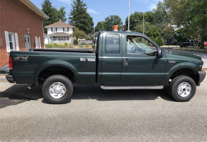 2002 Ford F250 4X4 truck