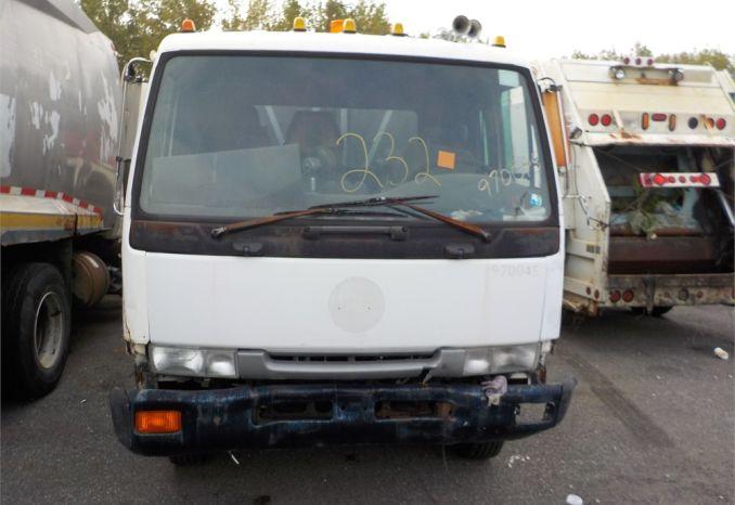 1997 UD 2300 10 CU YD COMPACTOR / LOT232-970045-NR