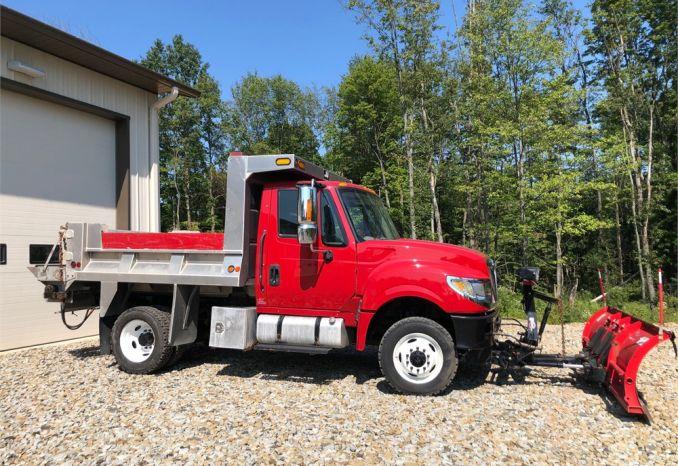 2015 IH Terra Star Truck