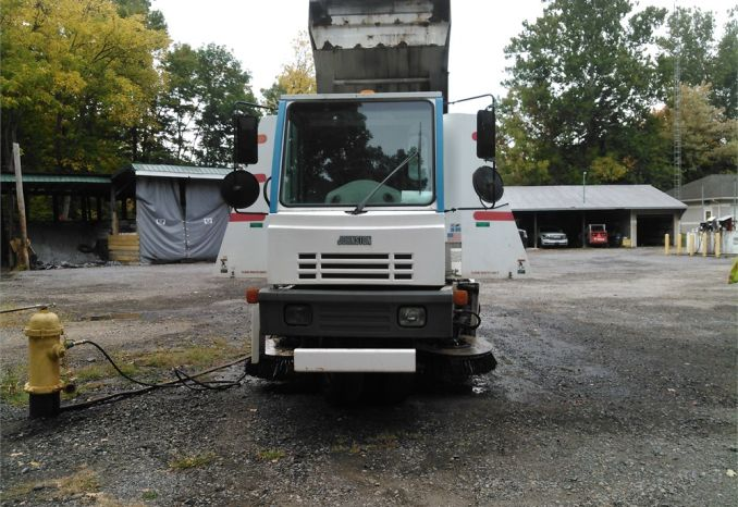 2002 Johnston Model 3000 Street Sweeper