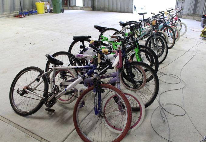 Lot of 14 bikes