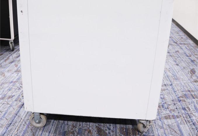 Bretford 32 Notebook Mobility Carts (7)