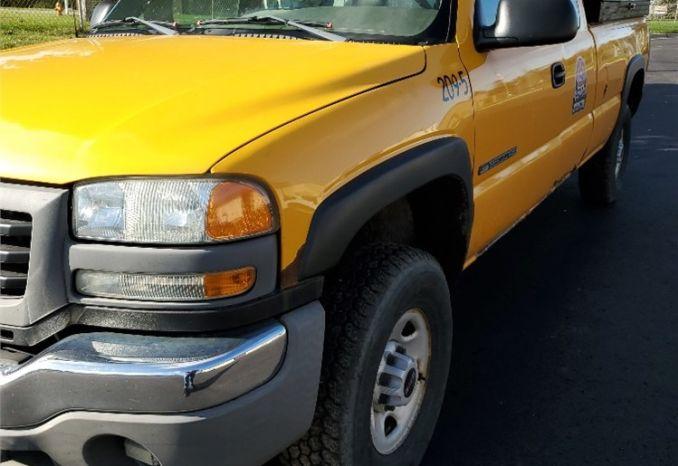 2005 GMC 2500 HD Pickup