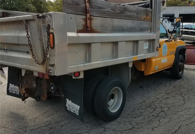 2006 GMC 3500 Dump Truck