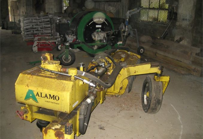 1999 Alamo Side Mount Flail Mower