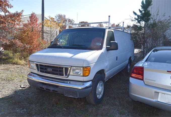 2005 Ford Econoline E250 Van