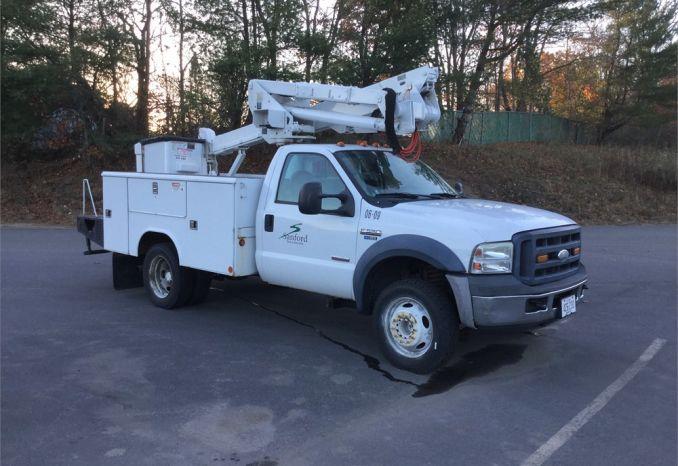2006 F-550 Bucket Truck
