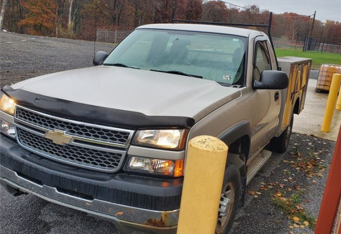 2005 Chevy Silverado 2500 HD with Utility Bed and Snow Plow
