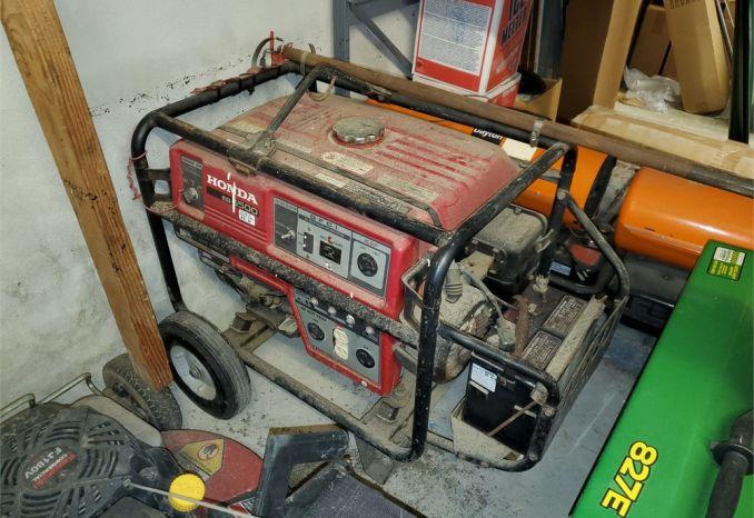 Honda EB6500 Generator