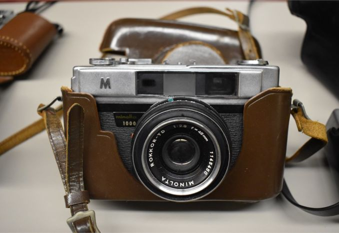 Minolta 1000  - good condition  - with leather case
