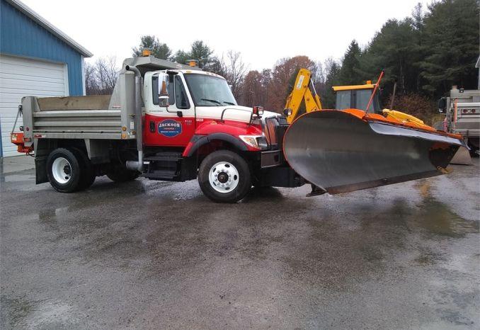 2004 INTERNATIONAL 7500 Dump Truck