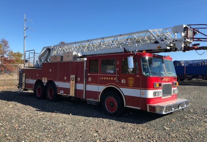 96 Pierce Ladder Truck