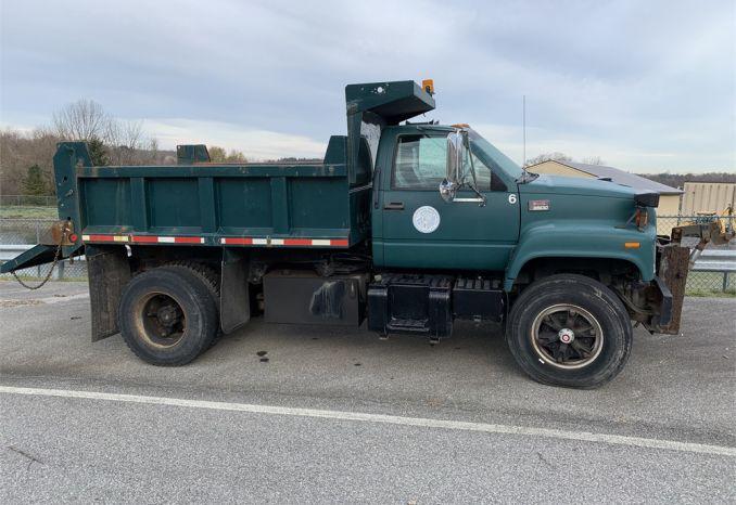 1997 GMC 8500 Dump Truck