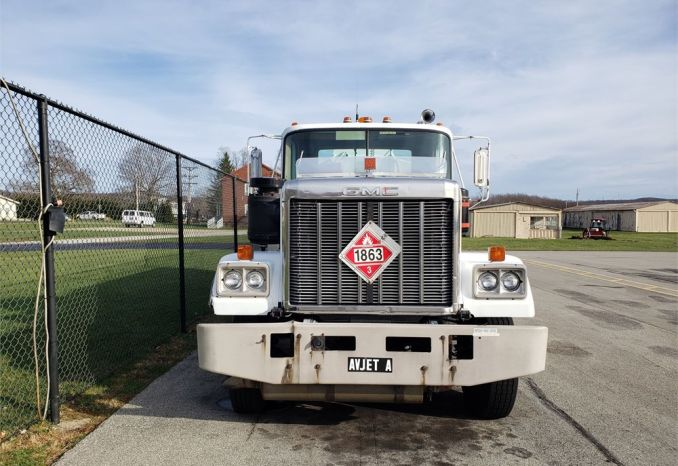 1979 GMC 3000 Gal. Jet fuel truck
