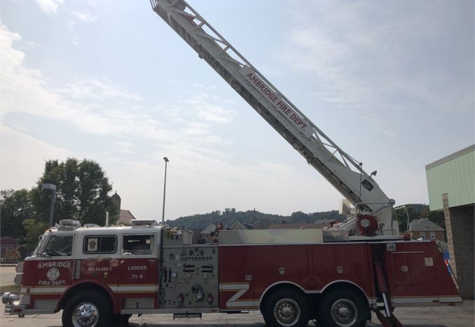 1981 American LaFrance 100 Foot Aerial device