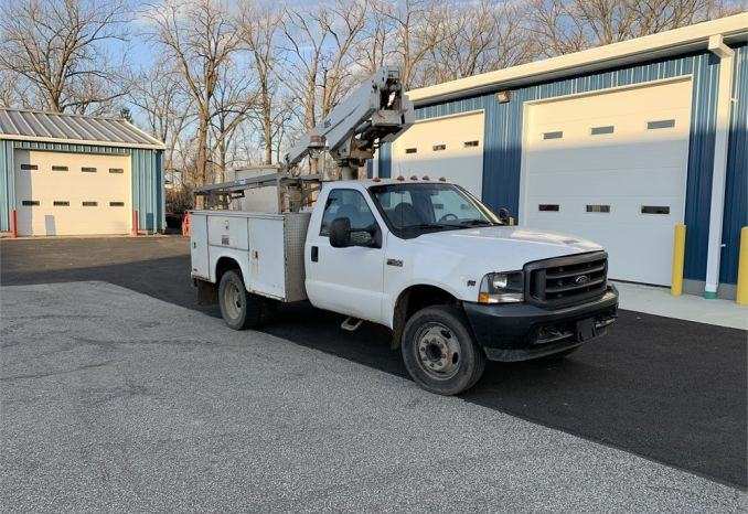 2002 Ford F450 Heavy Duty Boom Truck