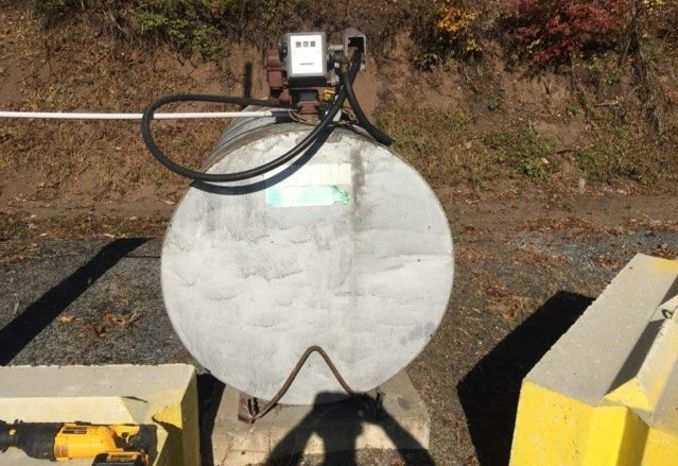 Diesel tank with pump 500 gallon