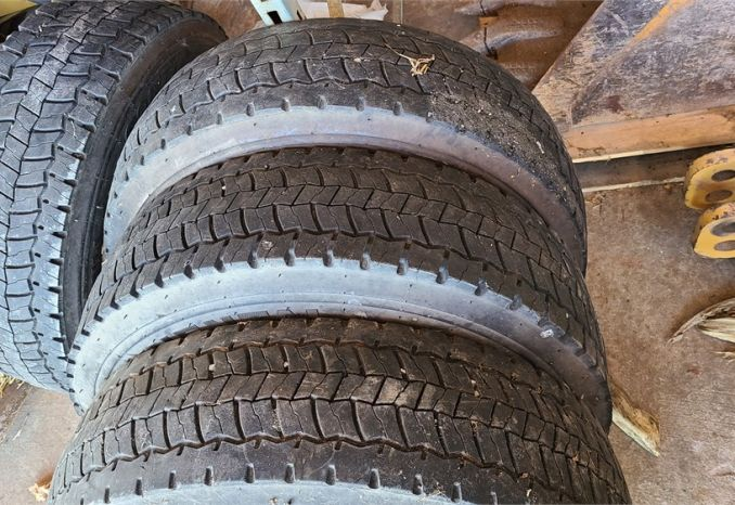 Used 225/70R19.5 Tires