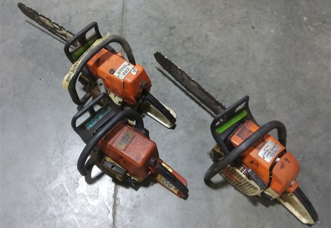 NON-WORKING SAWS FOR PARTS