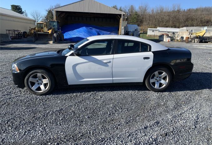 2014 Dodge Charger Police Pursuit, Black and White