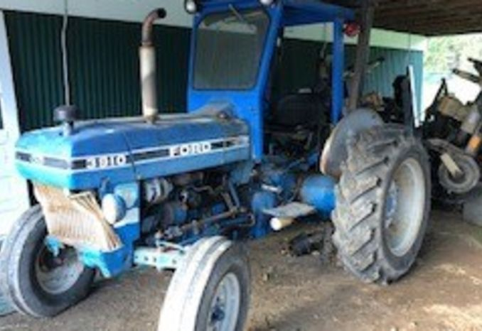 Ford Tractor 1989 #3910, 4600 hrs.