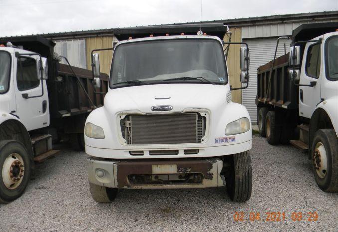 2006 Freightliner  14 yard Tandum Dump