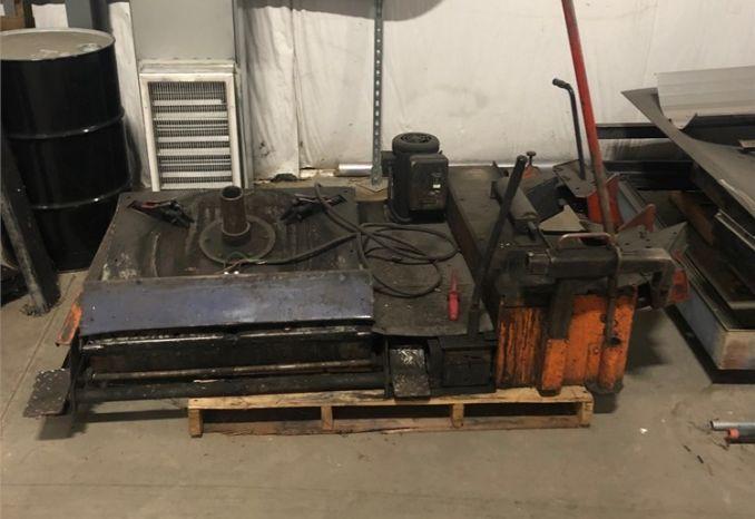 CP Coats H-I-T 6000 Truck Tire changer