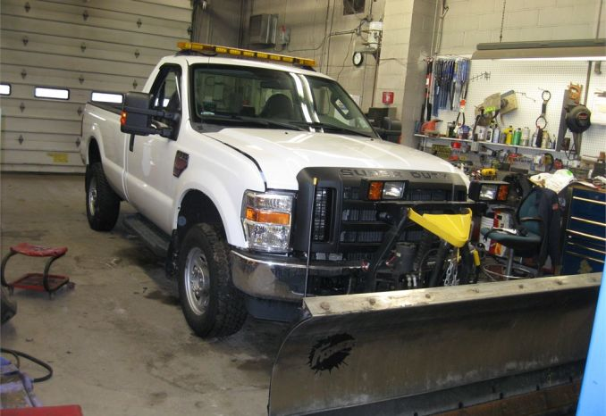 2010 Ford F-350 4x4 Pickup Truck w/Snow Plow