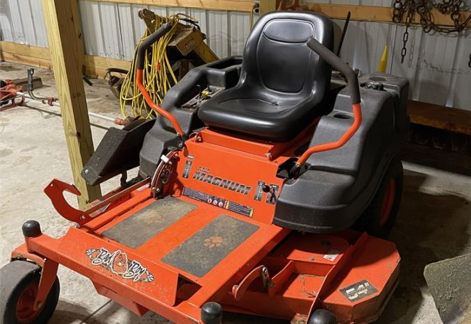 2015 BAD BOY MZ MAGNUM 54 INCH ZERO TURN MOWER