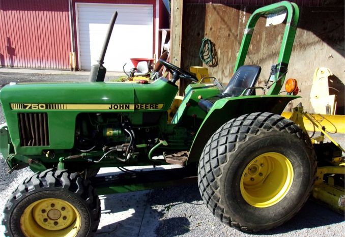 1983 John Deere Tractor