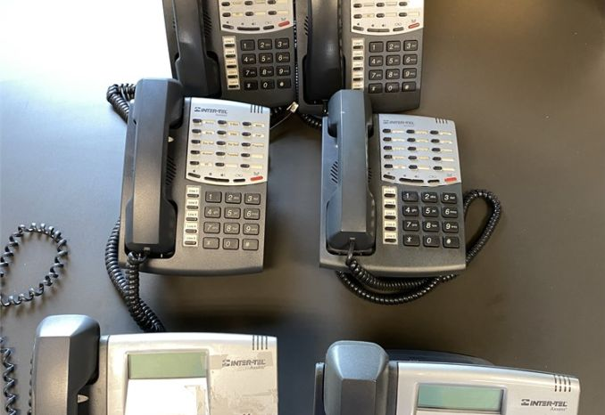 Lot of 12 used Mitel & Inter-Tel Axxess office phones -