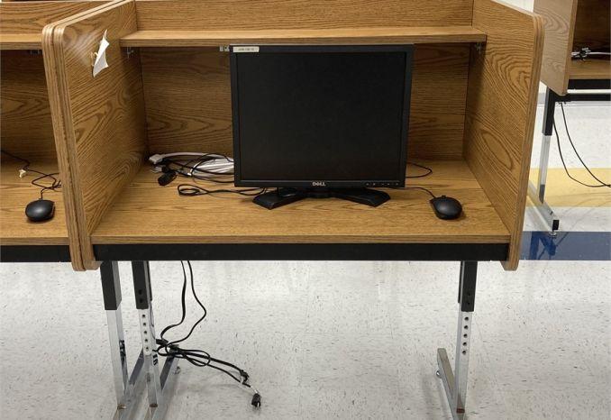 Computer desk/carrels