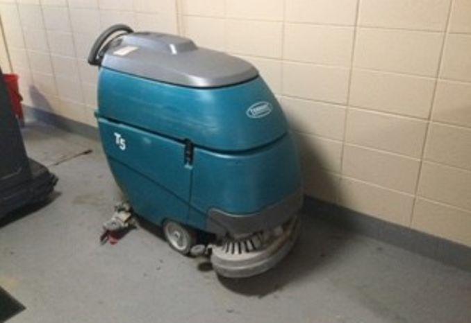 Tennant T5 Autoscrubber