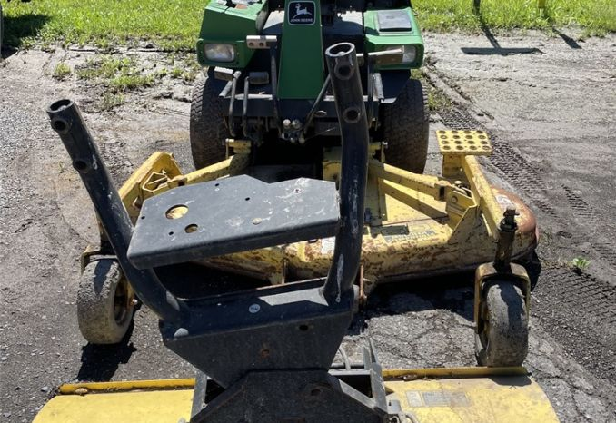 John Deere F915 Mower w/Snow Plow