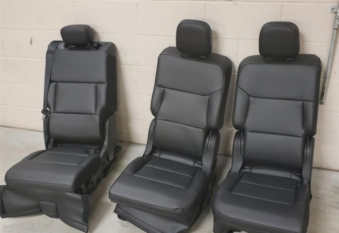 2021 Ford Explorer REAR SEATS