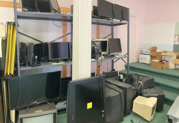 Various Monitors and TVs (~40 units, for parts only)
