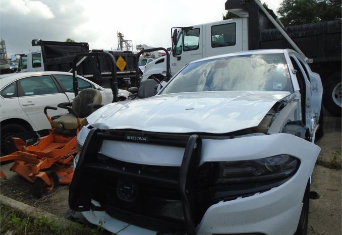 2015 DODGE CHARGER, WRECKED, NO ENGINE, NO KEY