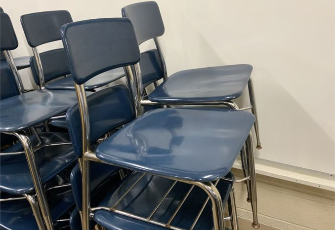 32 Student Chairs