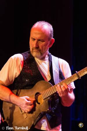 Image of Colin Hay @ Elsinore Theatre - Salem, OR