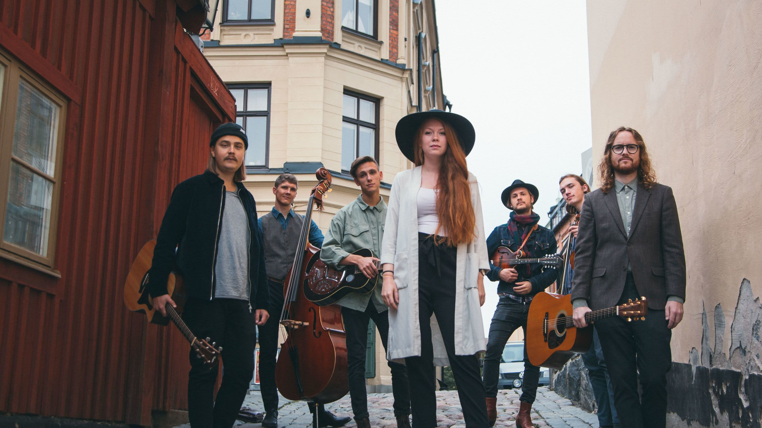 Sofia & The Steel String Pickers