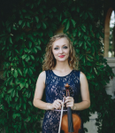Grace R offers violin lessons in Green, CA