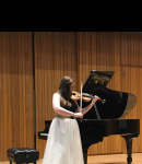 Meghan F offers violin lessons in Rogers Park , IL